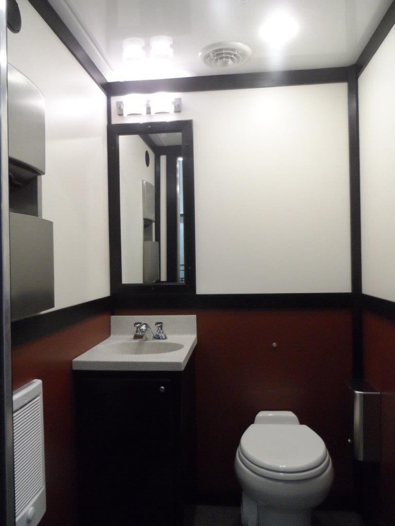 Bridal Suite Luxury Restroom Trailer - image SAM_5015 on https://jimmysjohnnys.com
